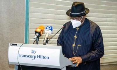 Goodluck Jonathan Presents Report On Banditry And Terrorism In Nigeria (Photos)